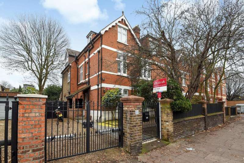 2 Bedrooms Flat for sale in Sutton Court Road, Chiswick, W4