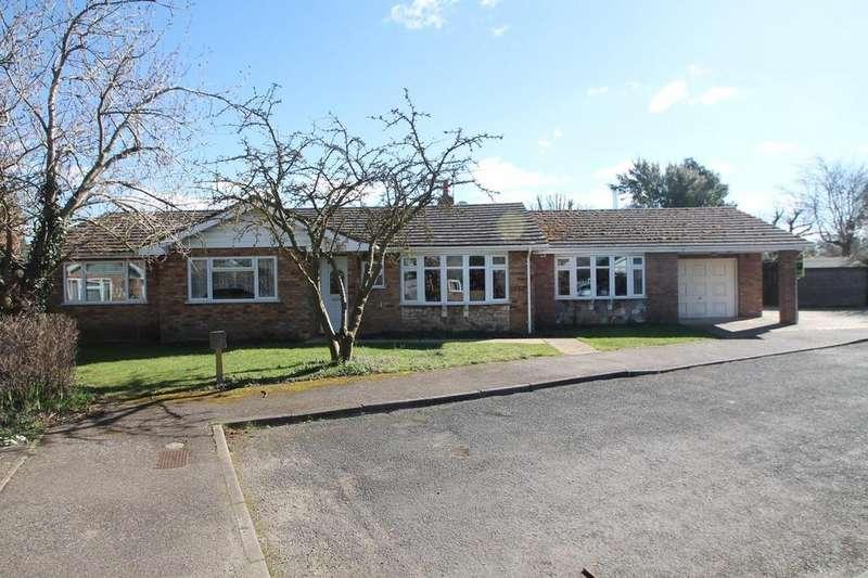 4 Bedrooms Detached Bungalow for sale in Walnut Grove, Worlington
