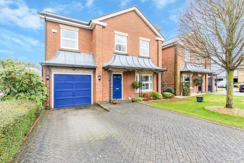 4 Bedrooms Detached House for sale in Tower Place, Great Park, Warlingham, Surrey, CR6 9PW