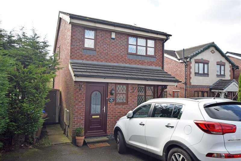 3 Bedrooms Detached House for sale in Dane Bank, Middleton, Manchester