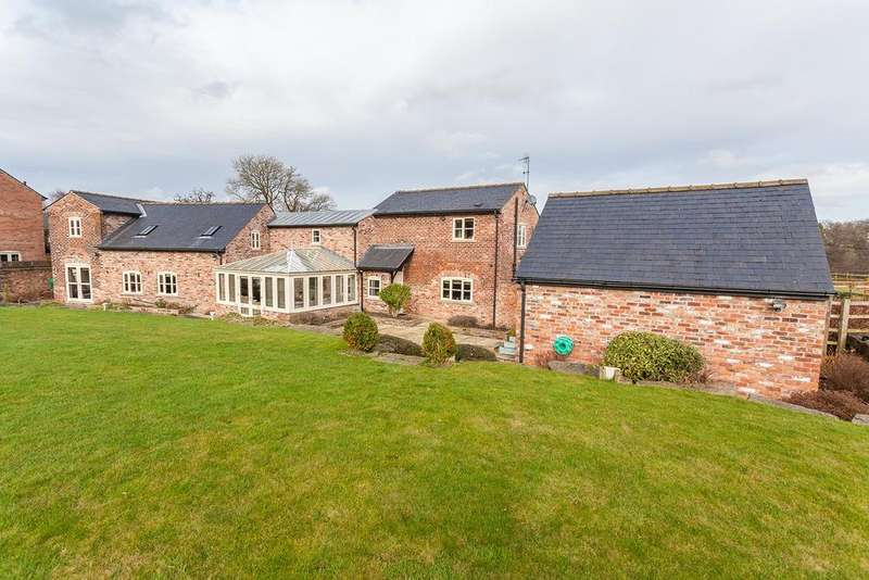 4 Bedrooms Barn Conversion Character Property for sale in Varden Hayloft Adlington Road, Wilmslow