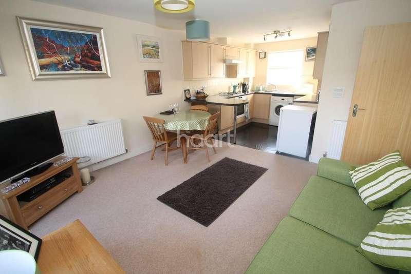 2 Bedrooms Flat for sale in Valletort Road, Stoke
