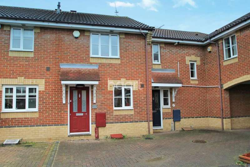 3 Bedrooms Terraced House for sale in Ascot Grove, Basildon