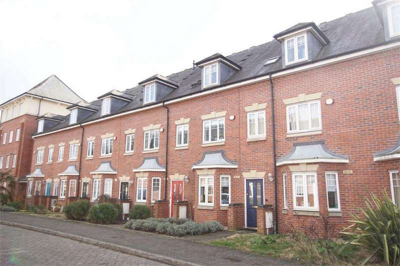 3 Bedrooms Terraced House for sale in Campriano Drive, Emscote Lawns, Warwick