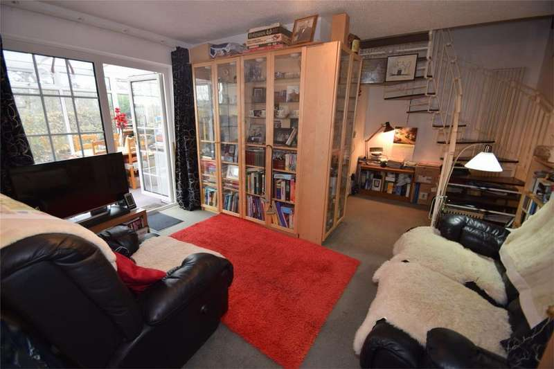 1 Bedroom Terraced House for sale in Yew Tree Close, Lordswood, Kent