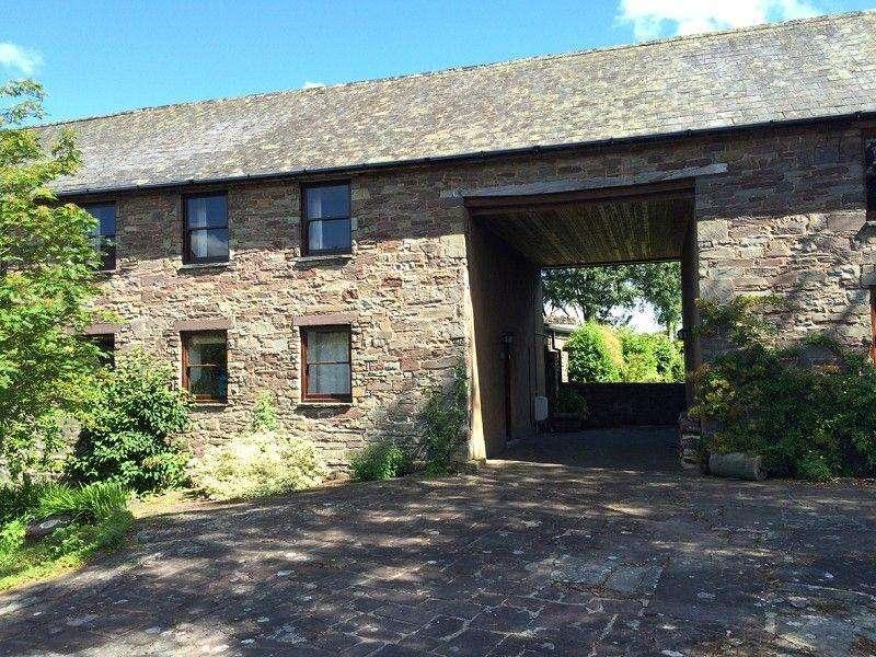 4 Bedrooms Barn Conversion Character Property for sale in Penpentre, Llanfihangel Talyllyn, Brecon, Powys.