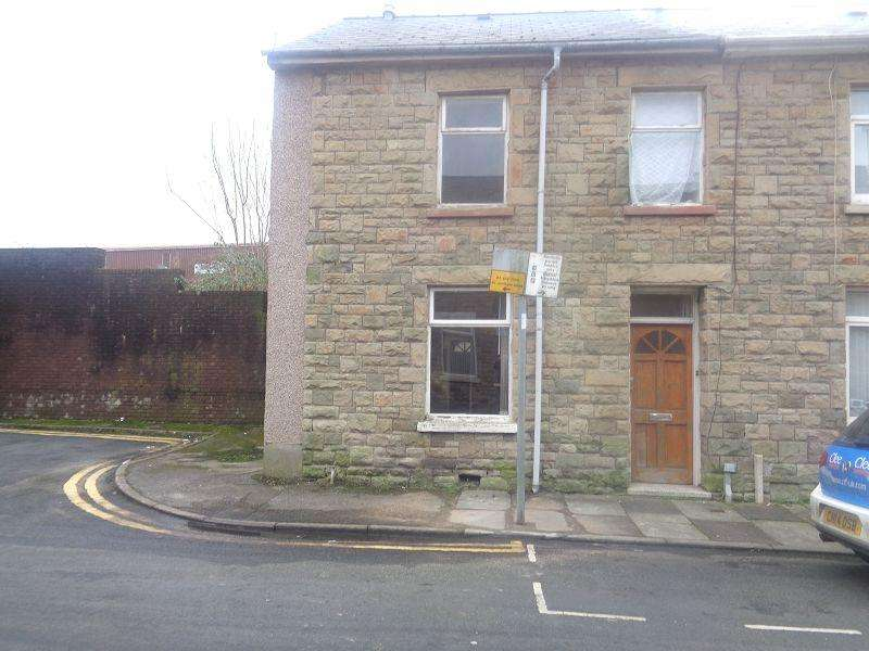 3 Bedrooms End Of Terrace House for sale in Edward Street, Bridgend, Bridgend.