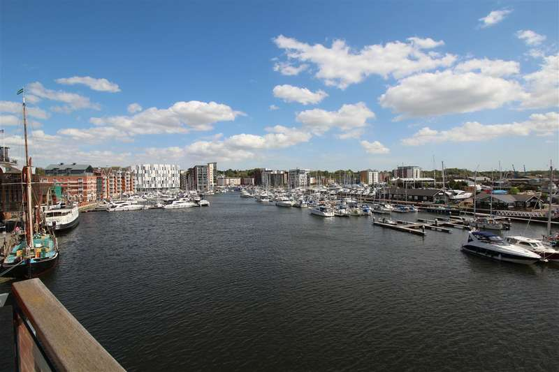 2 Bedrooms Apartment Flat for sale in Regatta Quay, Ipswich Waterfront. More details at www.nicholasestates.co.uk