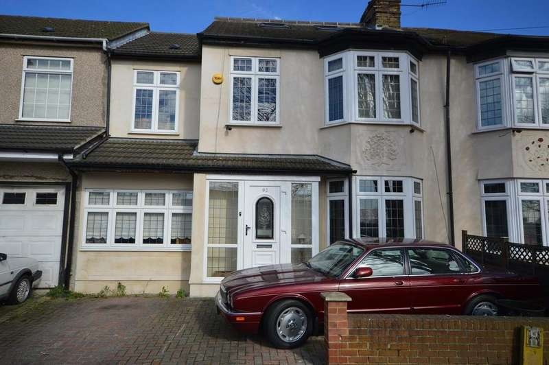 5 Bedrooms Semi Detached House for sale in Hainault Road, Romford, Essex, RM5