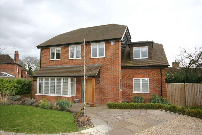 4 Bedrooms Detached House for sale in Spring Court, Spring Lane, Farnham Royal, Berkshire