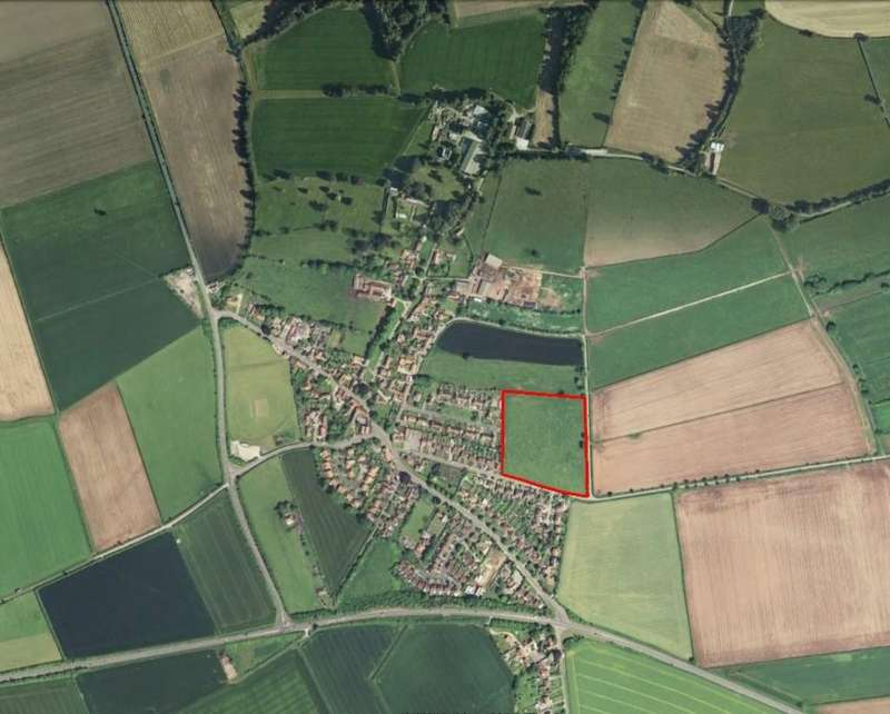 Land Commercial for sale in Land off New Lane