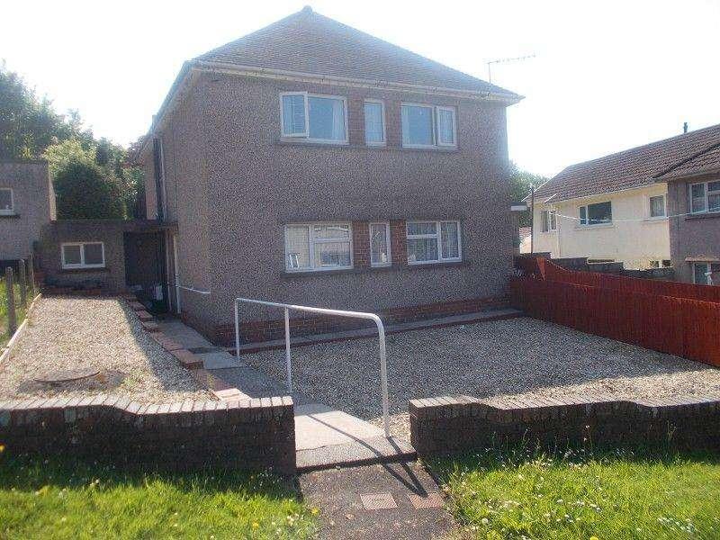 2 Bedrooms Flat for sale in Llygad Yr Haul Neath, Neath Port Talbot.