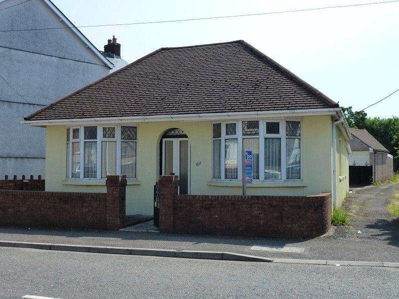 3 Bedrooms Bungalow for sale in Tirydail Lane, Ammanford, Carmarthenshire.
