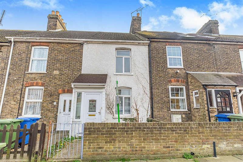 2 Bedrooms Property for sale in Oak Road, Sittingbourne, ME10