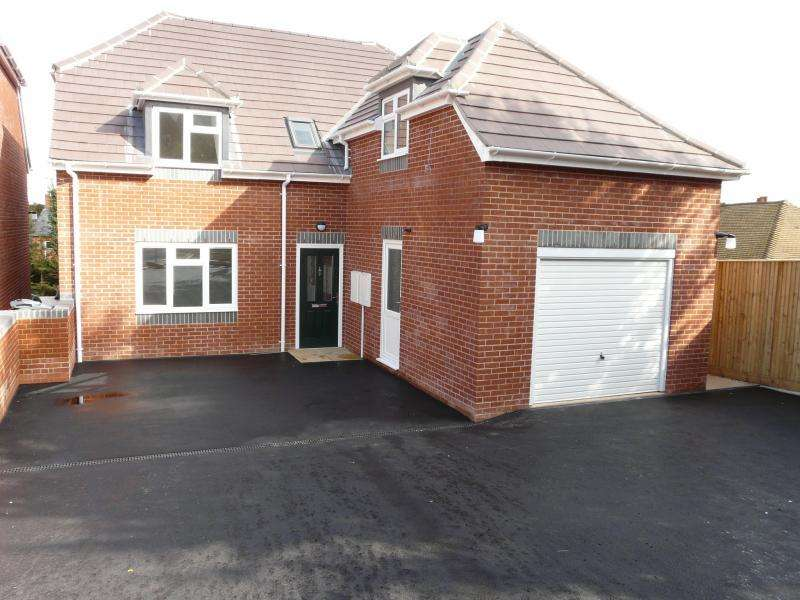 4 Bedrooms Detached House for sale in Edwards Hill, Lambourn, RG17