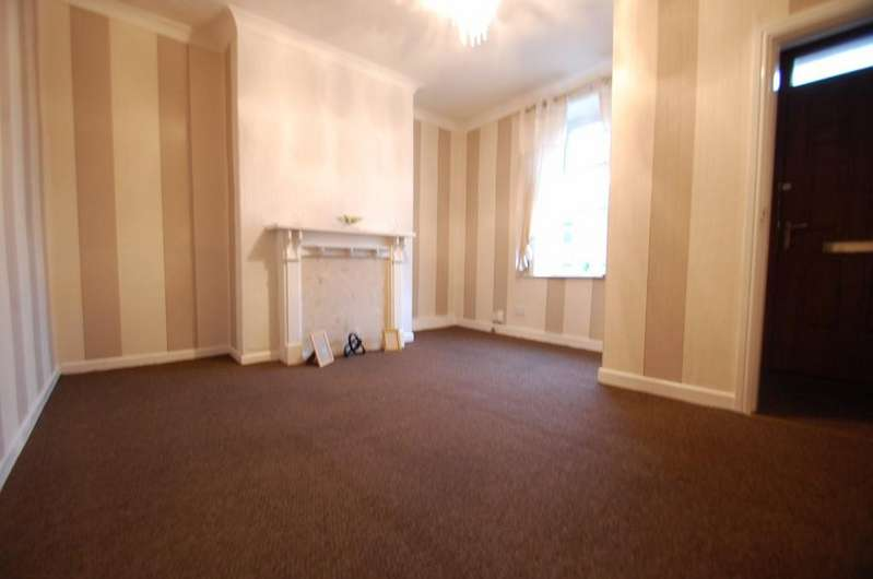 2 Bedrooms Terraced House for sale in Accrington Road, Intack, Blackburn, BB1 2AN