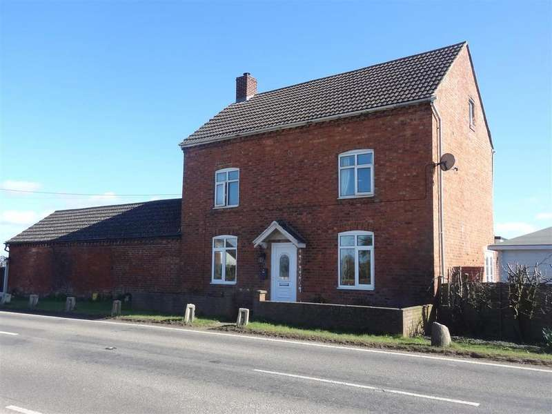 3 Bedrooms Detached House for sale in Shrewsbury Road, Wem, Shropshire