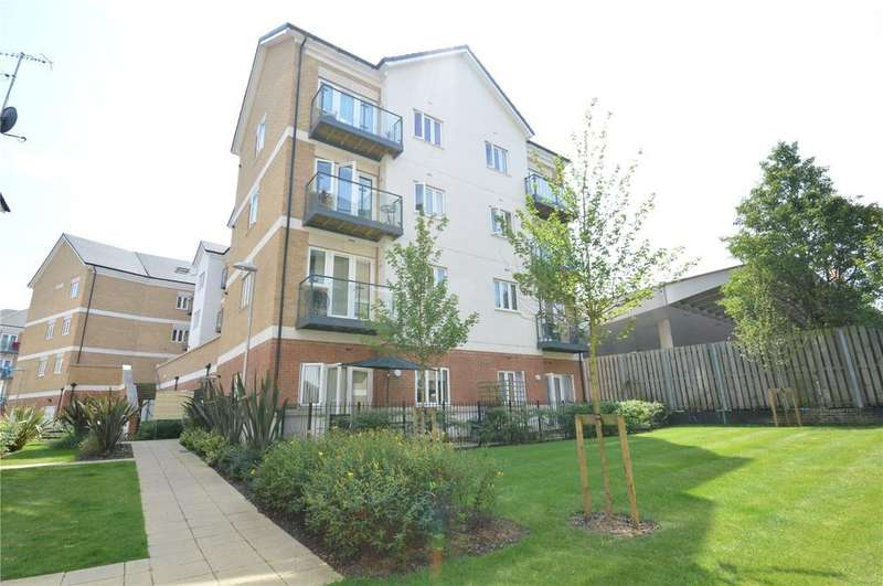 2 Bedrooms Apartment Flat for sale in Edridge Court, Ley Farm Close, Watford, Hertfordshire, WD25