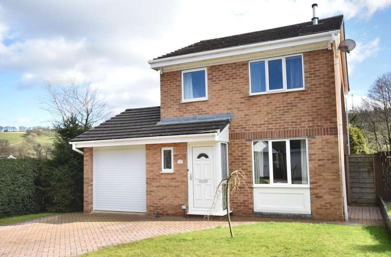 3 Bedrooms Detached House for sale in Brookside Road, Chapel-En-Le-Frith, High Peak