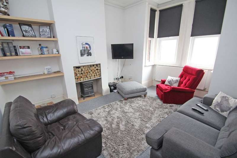 3 Bedrooms Terraced House for sale in St Andrews Road, Portslade, BN41 1DD