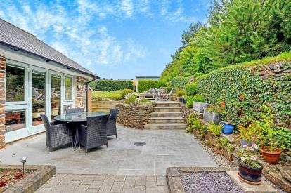 2 Bedrooms Barn Conversion Character Property for sale in Egloshayle, Wadebridge, Cornwall