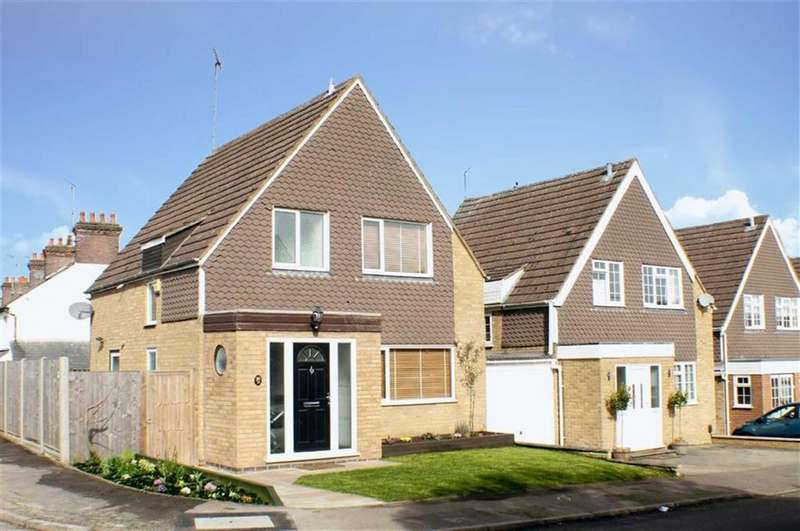 3 Bedrooms Detached House for sale in Field Close, Harpenden, Hertfordshire, AL5