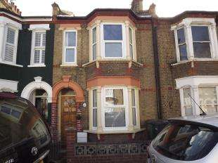 2 Bedrooms Terraced House for sale in Fernbrook Road, London