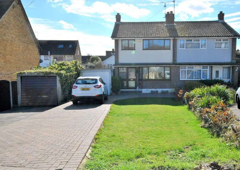 3 Bedrooms Semi Detached House for sale in Eastwood Old Road, Leigh-on-Sea