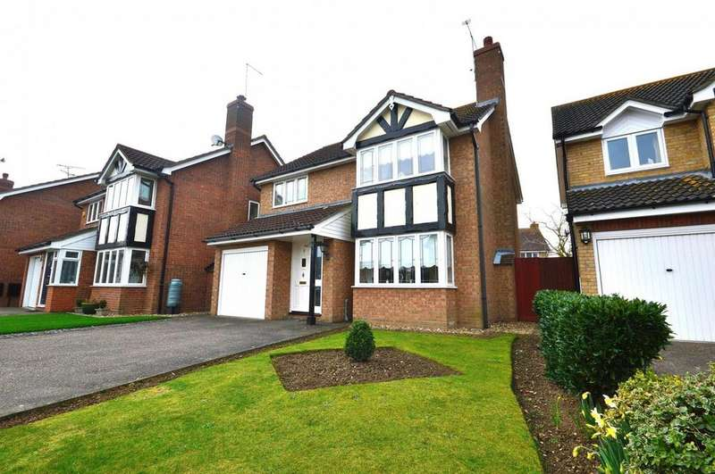 4 Bedrooms Detached House for sale in Chichester Way, Maldon, Essex, CM9