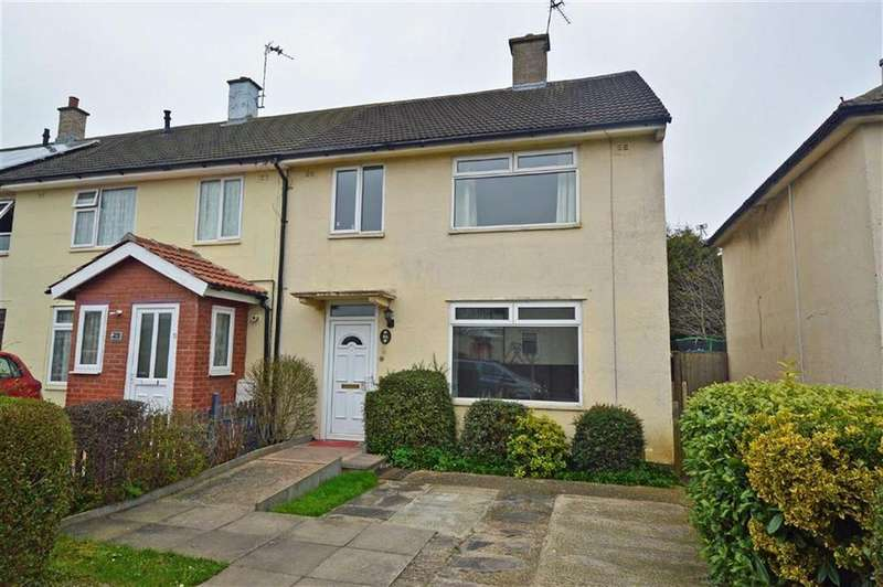 3 Bedrooms Semi Detached House for sale in Felstead Road, Stocking Farm