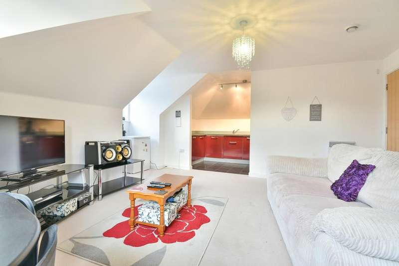 1 Bedroom Apartment Flat for sale in Alisander Close, Holborough Lakes