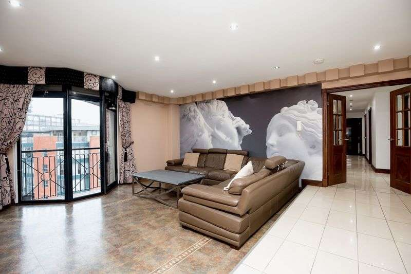 3 Bedrooms Flat for sale in North Quay, Liverpool