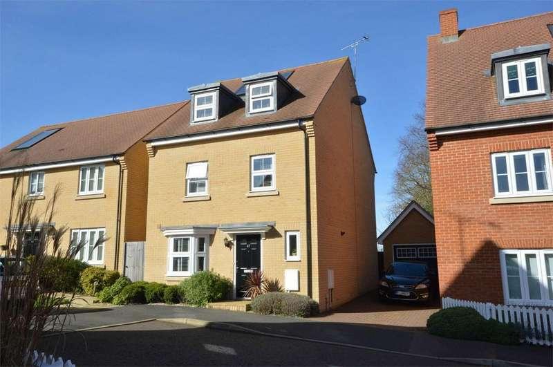 4 Bedrooms Detached House for sale in 47 Allard Way, Saffron Walden