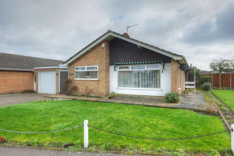 2 Bedrooms Detached Bungalow for sale in Constitution Hill, Norwich, Norfolk