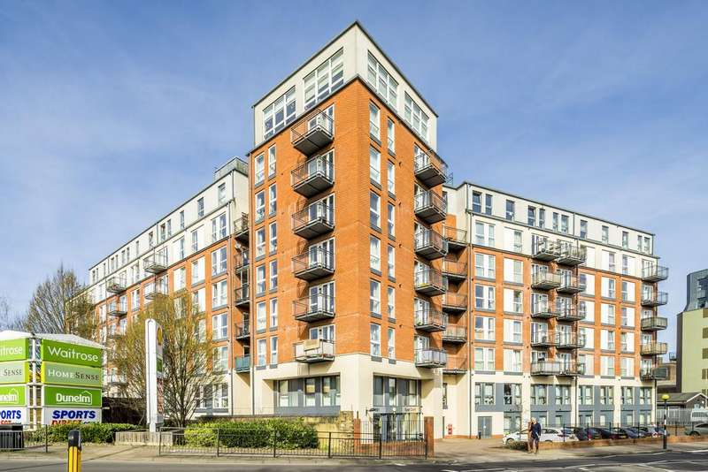 1 Bedroom Flat for sale in East Croft House, 86 Northholt Road, Harrow HA2