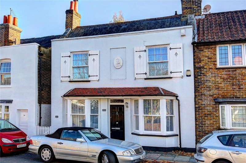 4 Bedrooms House for sale in Church Street, Hampton, TW12