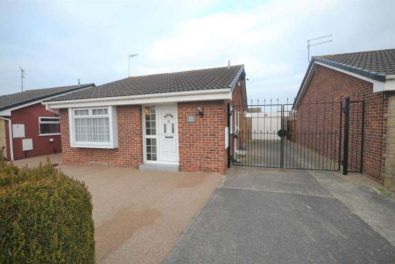 2 Bedrooms Detached Bungalow for sale in Wheatear Drive, Redcar TS10