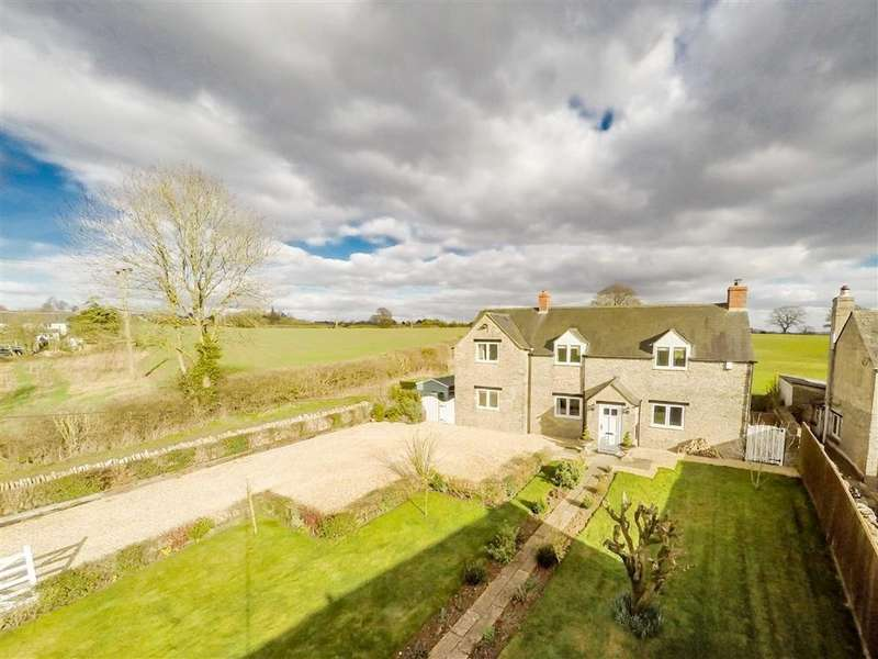 4 Bedrooms Cottage House for sale in The Ridings, Leafield, Oxfordshire