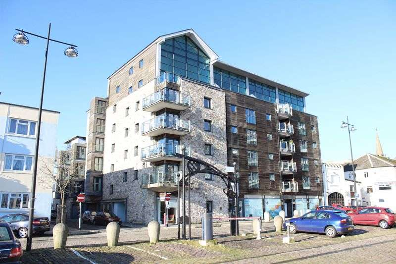 2 Bedrooms Flat for sale in Century Quay, Sutton Harbour, The Barbican, Plymouth