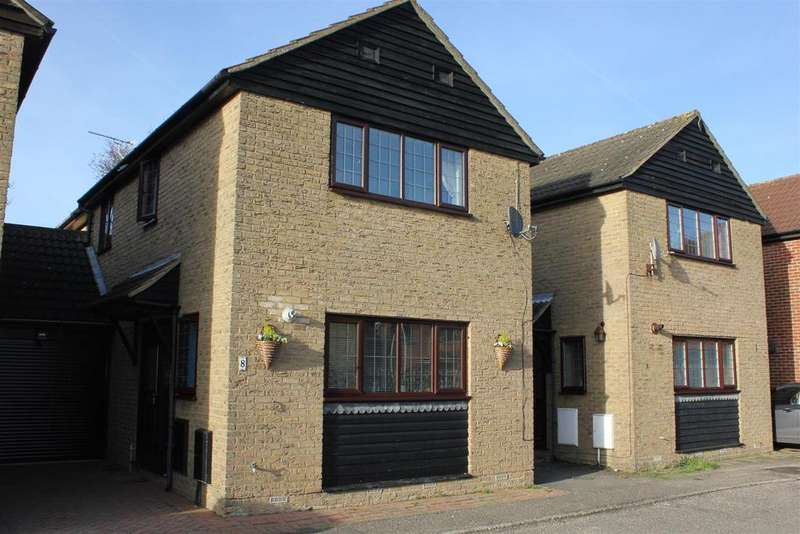 3 Bedrooms Detached House for sale in Bicknacre, Chelmsford