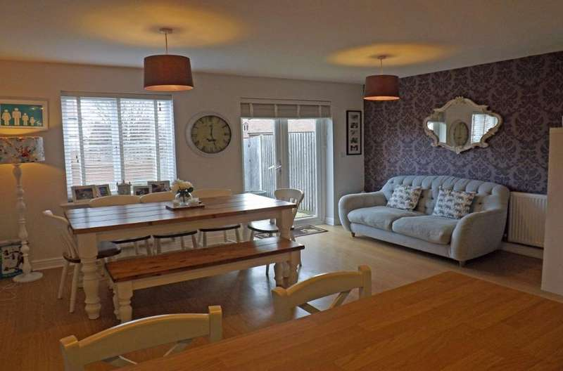 3 Bedrooms Semi Detached House for sale in The Grange Hurstpierpiont East Sussex BN6