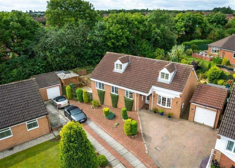 4 Bedrooms Detached House for sale in Sandown Drive, Newton Aycliffe, County Durham