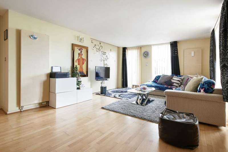 2 Bedrooms Apartment Flat for sale in Farnsworth Court, Greenwich, SE10