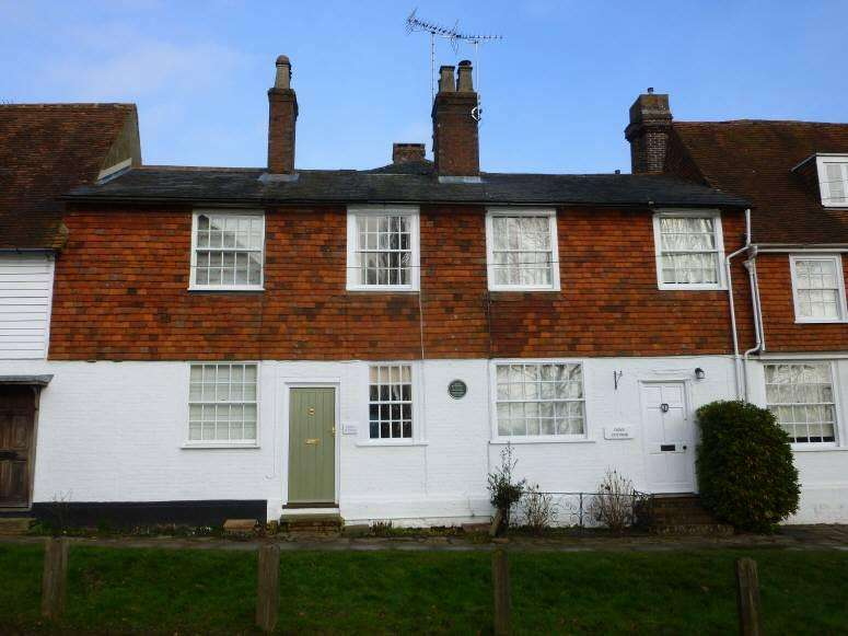 2 Bedrooms Cottage House for sale in The Hill, Cranbrook, Kent, TN17 3AJ
