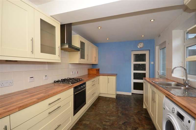 3 Bedrooms Semi Detached House for sale in Woodlands Avenue, Earlswood, Surrey