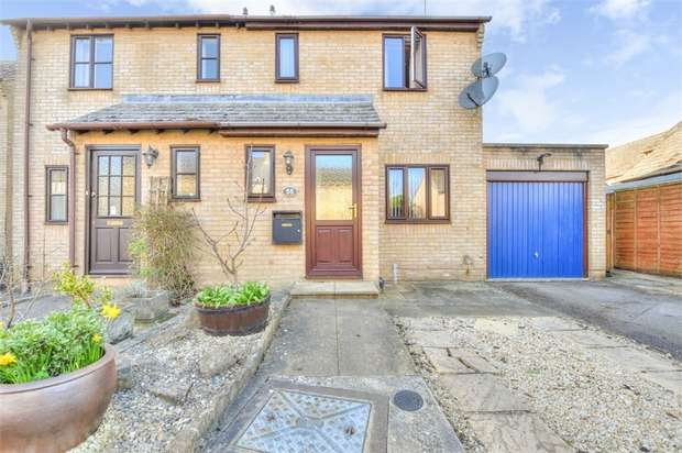 3 Bedrooms Semi Detached House for sale in Rowell Way, Chipping Norton, Oxfordshire
