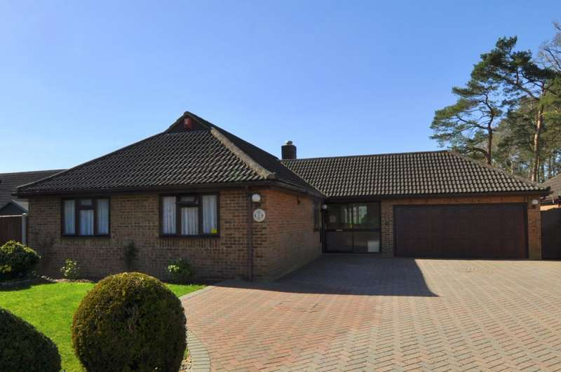 3 Bedrooms Detached Bungalow for sale in Webbs Way, Ashley Heath, Ringwood, BH24 2DU