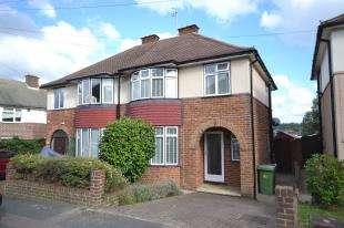 3 Bedrooms Semi Detached House for sale in Welbeck Avenue, Tunbridge Wells, Kent