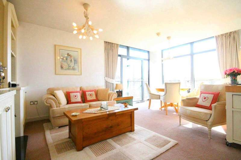 2 Bedrooms Apartment Flat for sale in Rossetti Place, Lower Byrom Street, Castlefield