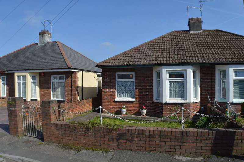 2 Bedrooms Bungalow for sale in Durlston Close, Llandaff North